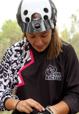 Camiseta manga larga enduro desenso Fuxia Negra CoreBicycle BEST_1